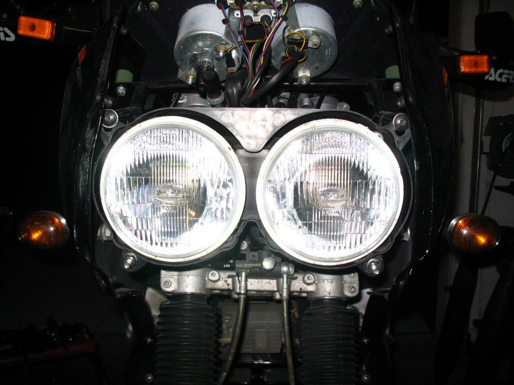 View of headlight mounted. Mounting a Yamaha FZR headlight to a Moto Guzzi Quota 1100 ES.