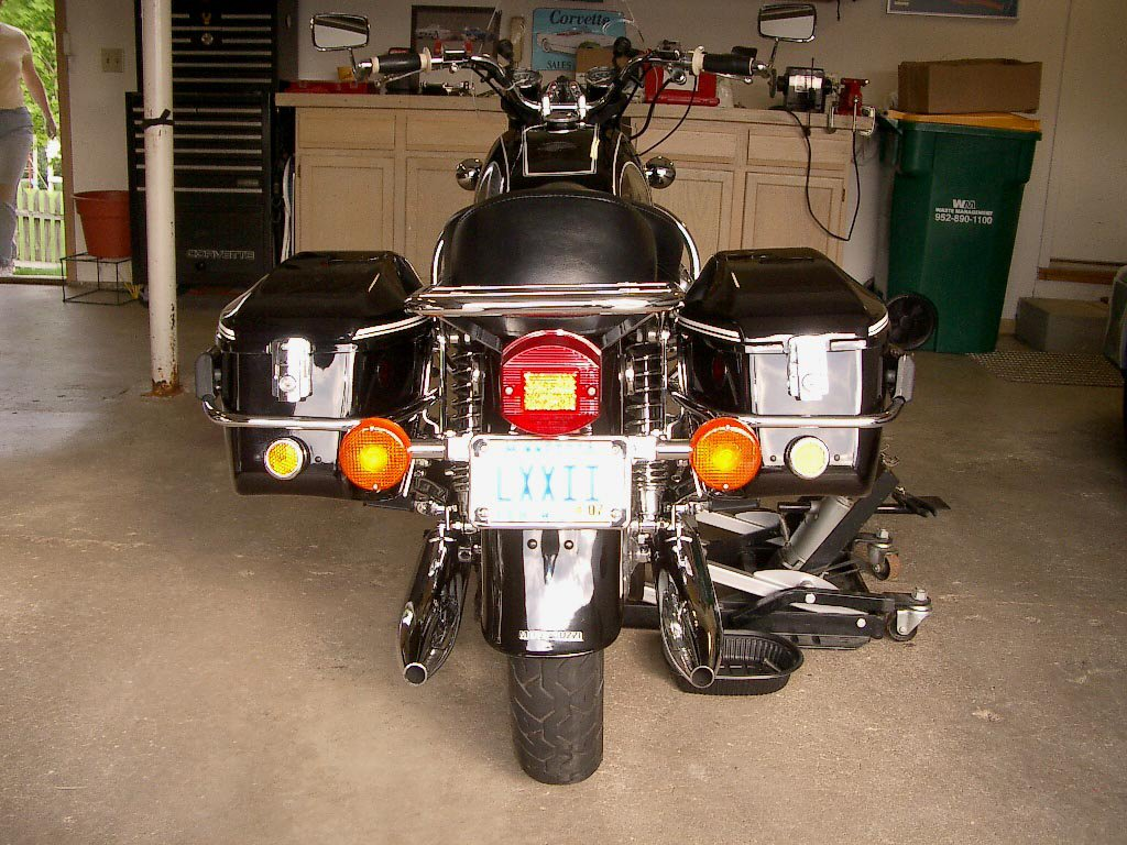 Shoei saddlebags.
